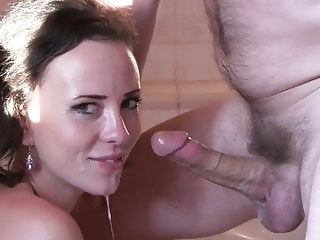 blowjob private brunette tube